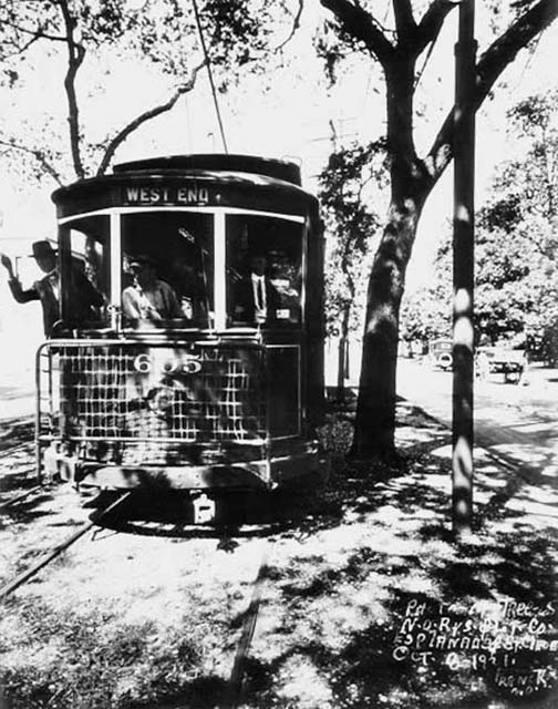 EsplanadeAveStreetcar1921-photobyCharlesFranck-website